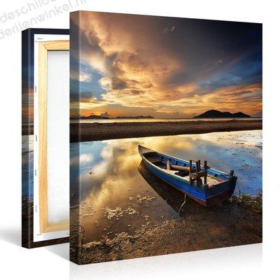 Schilderij Boot Op Het Strand, Zonsondergang (80x80cm)