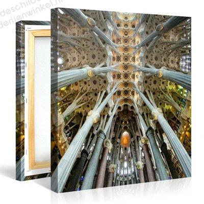 Schilderij Sagrada Familia Barcelona Binnenkant (80x80cm)