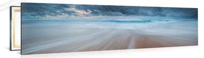 Schilderij Stormachtig Strand (120x30cm)
